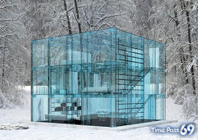 Amazing Glass House Pictures