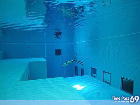 Deepest Swimming Pool in The World -  Nemo 33