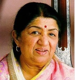 Lata Mangeshkar Family Photos
