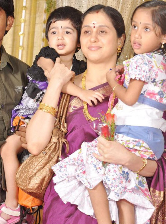 Actress Devayani with Her Kids