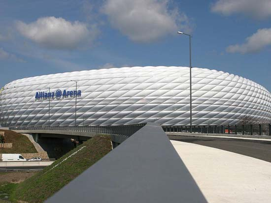 The Allianz Stadium in Germany Amazing Architectures