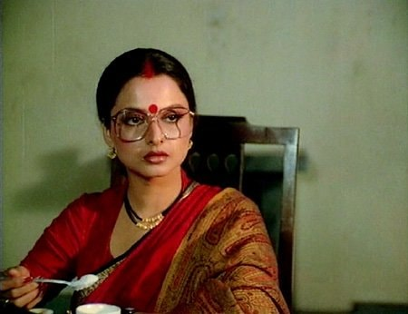 Actresses who portrayed nautch girls in Bollywood films