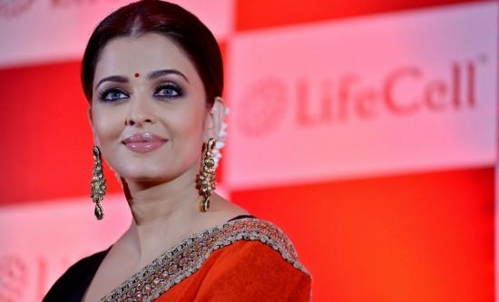Bollywood celebs follow these spiritual gurus