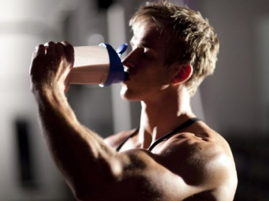 10 reasons why it's best to avoid protein powders and supplements