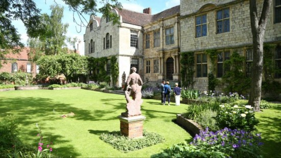 10 of the National Trusts most haunted houses