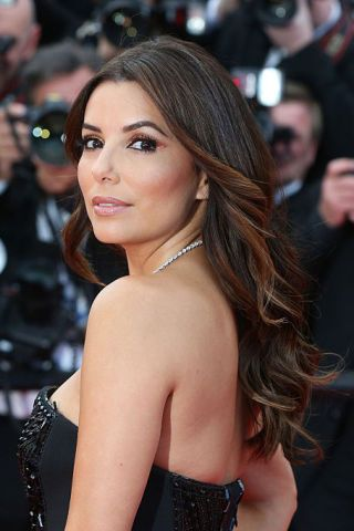 8 of the Best Hairstyles for Long Faces